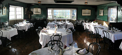 The Black Pearl Restaurant A Newport Institution With