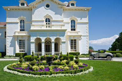 Newport Mansions - Experience the opulence of these amazing