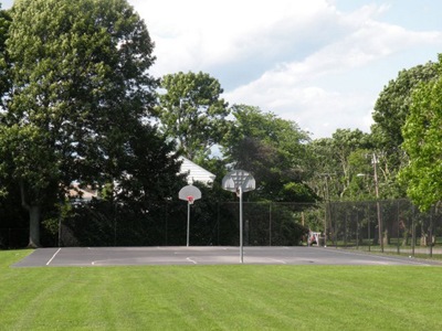 newport ri basketball court