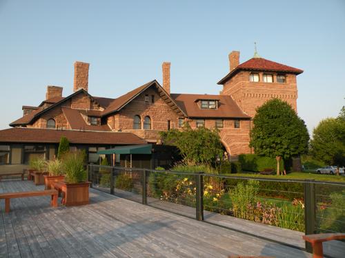 Newport Rhode Island Hotels Oceancliff