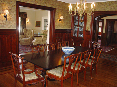 Hilltop Inn - Dining Room