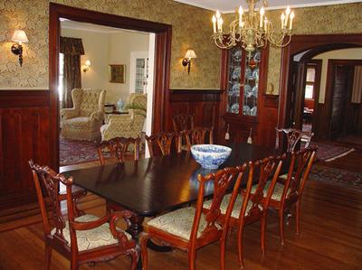 Hilltop Inn - Dining Room