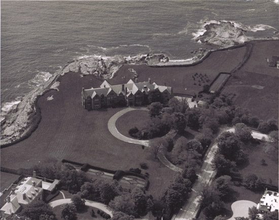 Doris Duke See Her Newport Summer Home Rough Point