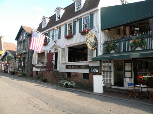 Newport Rhode Island Restaurants Dine On The Waterfront