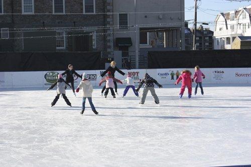 island skating academy