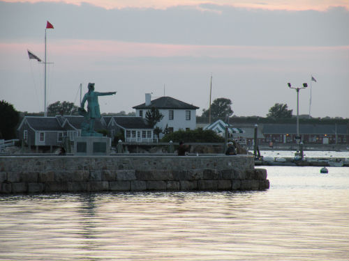 rochambeau statue newport harbor