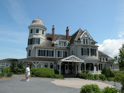 newport rhode island hotels history charm and luxury