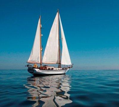 Latitude Yacht Brokerage