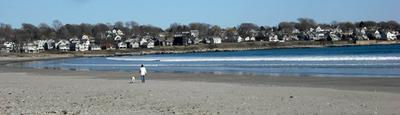 Pet friendly Easton's Beach - Newport RI